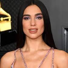 Get it as soon as tue, may 18. Grammys 2021 Dua Lipa Wears Sleek Hair Like Cher Photos Allure