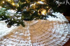 No-Sew Ruffled Muslin Tree Skirt - Maison de Pax