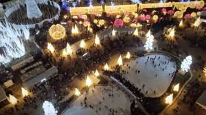 Worlds Largest Christmas Light Maze Coming To Seattles