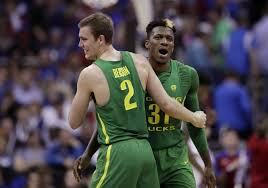 Oregon fends off top-seeded Kansas for first Final Four since the first one  - Orlando Sentinel