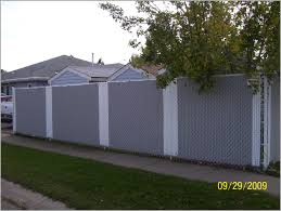compromise chain link fence ideas tips for privacy 118430