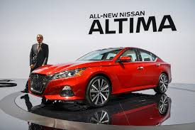 Nissan Altima New Design 2019 Nissan Altima Video First Look 2018 New York Auto Show