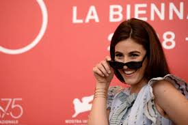 Diana Del Bufalo, chi è: età, vita privata, foto e carriera ...