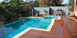 glass edge pools mt martha