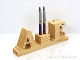 Wooden pen holders (4)