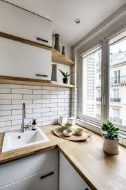 Kitchens For Small Spaces 17 Best Ideas About Small Apartment Kitchen On Pinterest Tiny
