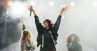 Dort tritt sie mit ihrer band auf der waldbühne in bergen auf. Nena Infos Und Tickets Zum Konzert In Koln Koeln De