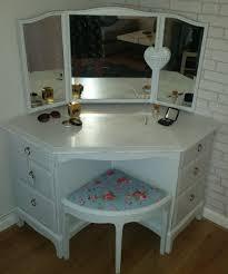 ... Corner Vanity Bedroom Furniture Table For Small Unit Design Good Ideas  Size 1920 ...