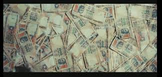Slumdog millionaire analysis essay
