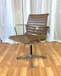 replica eames group standard aluminium chair cf. Eames Alu Chair Early Aluminium Group Management By Herman Miller Past Perfect Ea 105 Vitra 108 . Replica Standard Cf