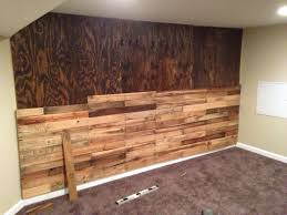 Pallet accent wall! - Album on Imgur
