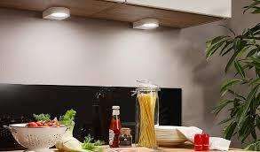 Eclairage De Cuisine Avec Lampe Led Sous Meuble Luminairefr