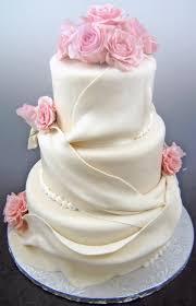 Elegant Wedding Cake Pastry