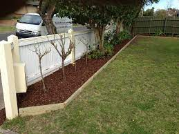5 garden edging ideas for your front