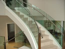 curved-glass-staircases-04