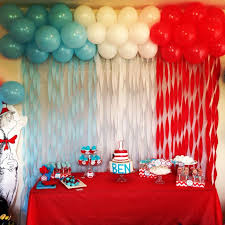 wall decoration ideas for birthday party best 25 streamer