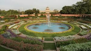 sir edwin lutyens had finalised the designs of the mughal gardens at new delhi s rashtrapati bhavan