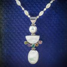 mother of pearl pendant necklace silver