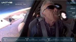 Erster Milliardär im Weltraum - Richard Branson erreicht das All