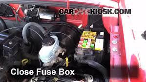 blown fuse check 1998 2009 mazda b3000 2004 mazda b3000 se 3 0l v6 6 replace cover secure the cover and test component