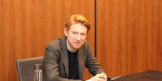 He has acted on both stage and screen, picking up a tony award nomination in 2006 for his part in the broadway production the lieutenant of in. Interview Domhnall Gleeson On General Hux S Desperation Thelastjedievent