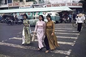 Image result for Tà áo dài Sài Gòn xưa