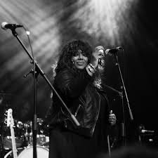 Denise Johnson, singer with Primal Scream, dies aged 56 | Music | The  Guardian