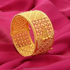 Latest South Indian Bangles Design Big Gold Bangle From Manubhai Jewellers Gold Bangles