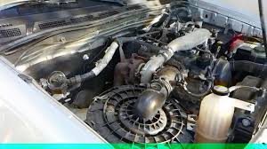 Toyota Hilux motor 2.5 D4D 102ch - YouTube