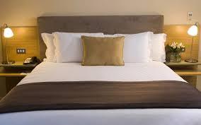 Schlafzimmer Ideen Braun Beige Individuelle Kleiderschränke