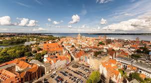 Stralsund ˈʃtʁaːlzʊnt (seit 1990 mit amtlicher bezeichnung: Hansestadt Stralsund An Der Ostsee Deutschlandliebe By Urlaubsguru