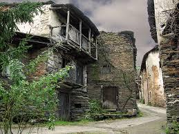 Resultado de imagen de aldea abandonada