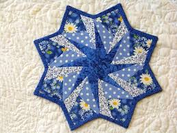 Best 25+ Quilted table toppers ideas on Pinterest | Quilted table ... & My friend Wilma wrote me that she was waiting to see the finished table  topper from last Friday's class at the Attic Window Quilt Shop w. Adamdwight.com