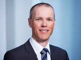 Jan Egbert Sturm, der Leiter der KOF Konjunkturforschungsstelle der ETH Zürich, hält konjunkturpolitische Massnahmen zur Lösung der Eurokrise für wenig ... - 120105_Sturm_l%3Fhires
