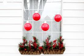 over-sized-christmas-ornament