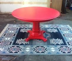 red round dining table theradmommy