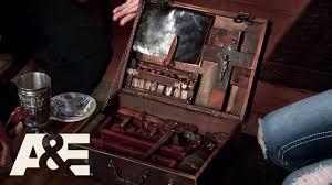 storage wars miami greg and lindsey s vire hunting kit season 1 7 a e