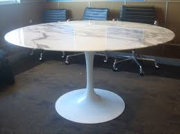 Knoll Saarinen White Dining Table With 54 Inch Round Marble Top Image