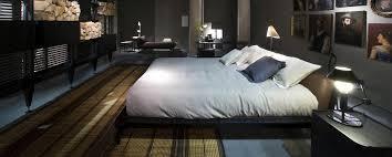L41 Sled Bed by Rodolfo Dordoni | Cassina