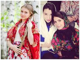 miroslava duma s traditional russian ensemble zaychishka i can never resist a post dedicated to a look that screams out privet i m russian and when traditional elements inspire fashion designers