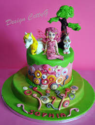 Le torte decorate di cettyg : mia and me cake cake