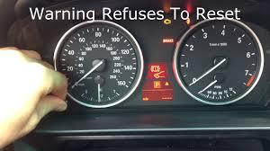 Brake Pad Warning Light On Bmw 3 Series Bmw E60 Failed To Reset Brake Pad Warning Light Youtube