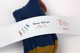 Augenbereich prüfen • schablone am linken oberen passbildrand anlegen. Socken Verpacken 6 Kreative Ideen Sockshype Com Stricken Lustig Socken Stricken Kreative Ideen