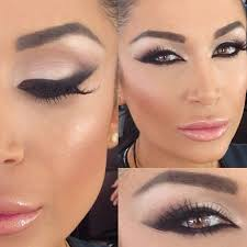 wakeupandmakeup disered an amazing artist today styledbyhrush her work is so stunning my makeup love beauty