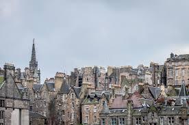 Skottland är den näst största riksdelen (med 32% av ytan och 8% av befolkningen) efter england, följt av wales och nordirland. Edinburg Skottland Arkivfoto Bild Av Scott Skott Kultur 61881646