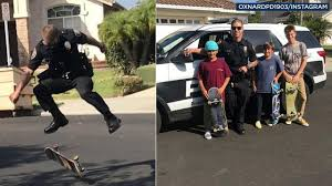 Police Officer Skills Southern California Officer Shows Off Skateboarding Skills With Kids