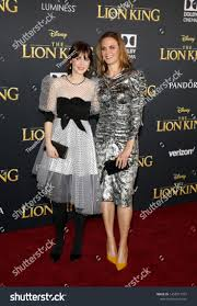 Zooey Deschanel and Emily Deschanel at the <b>World premiere</b> of ...