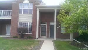 homes for in rochester mi