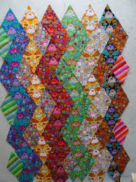 Material Obsession - Kathy Doughty I never thought of making zig ... & Material Obsession - Kathy Doughty I never thought of making zig-zags with  diamonds. Adamdwight.com