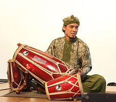Alat musik melodis termasuk ke jajaran musik yang memiliki banyak kegunaan untuk menghasilkan instrumen dari berbagai gaya. Kendang Wikipedia